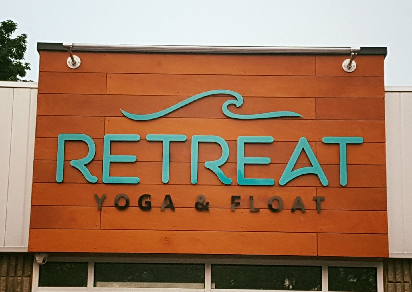 Retreat Yoga & Float